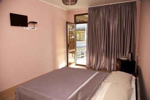 Guest House Afon - фото 2