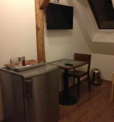 Old Town Guesthouse Erlangen - фото 28