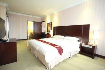 Regal Shanghai East Asia Hotel
