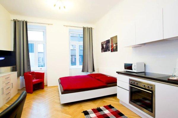 Living Like Home Apartments - фото 1