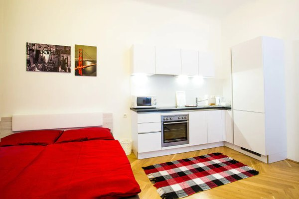 Living Like Home Apartments - фото 9