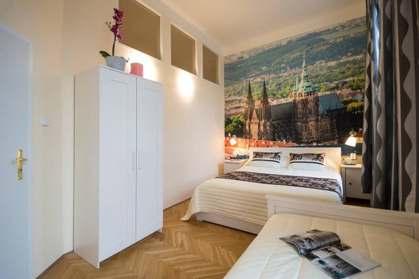 City Center Apartment Legerova - фото 9