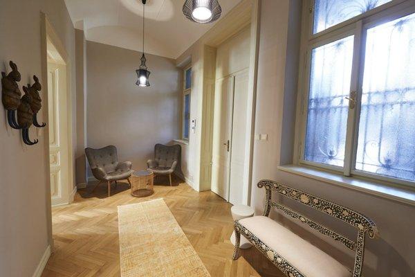 Opletalova Apartments - фото 15