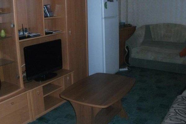 Apartment On Oktyabrskaya 4 - фото 1