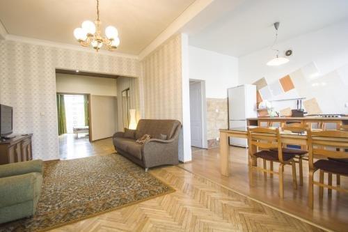 Aparton Sverdlova Ulitsa - фото 11