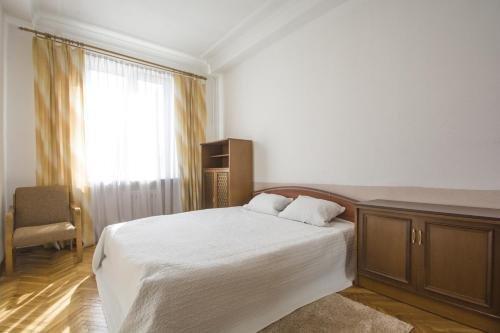 Aparton Sverdlova Ulitsa - фото 4