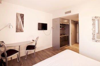 Апарт-отель Quality Hotel Nantes - фото 12