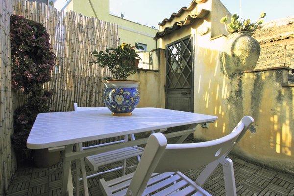 SCS | F1 | Catania Flat con terrazze in centro - фото 20