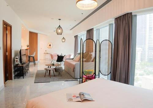 Nasma Luxury Stays - Central Park Tower - фото 2