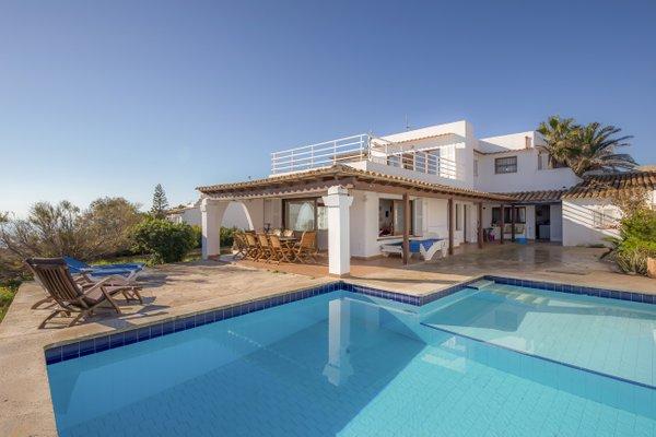 Rental Villa Sol Naixent - Cala Serena, 5 Bedrooms, 10 Persons - фото 17