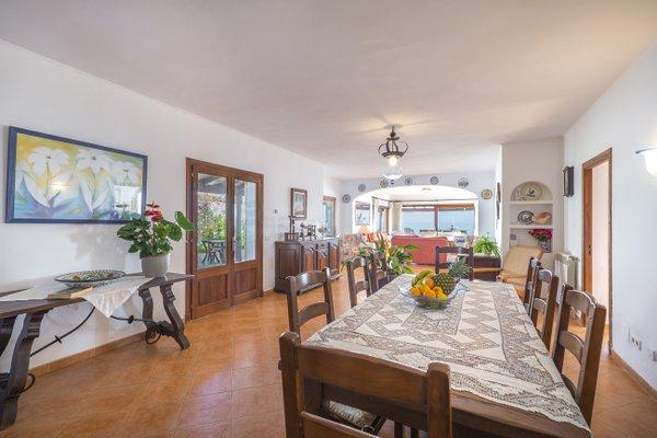 Rental Villa Sol Naixent - Cala Serena, 5 Bedrooms, 10 Persons - фото 4