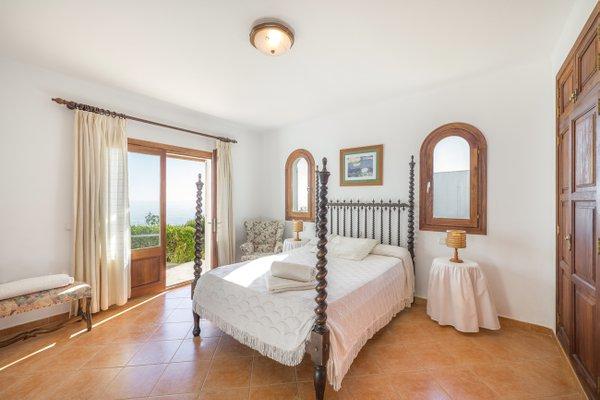 Rental Villa Sol Naixent - Cala Serena, 5 Bedrooms, 10 Persons - фото 7