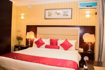 Simama Hotel - фото 1