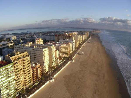 Atico Avda Cadiz Playa - фото 1