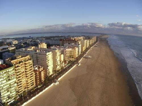 Atico Avda Cadiz Playa - фото 2