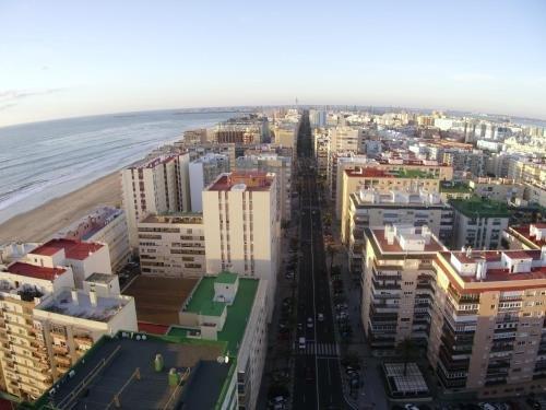 Atico Avda Cadiz Playa - фото 3