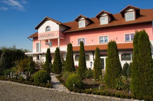 Гостевой дом «Noclegi Biala Roza», Болеславец
