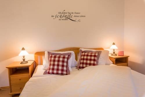 Ferienwohnungen Hotel Garni Dorflerwirt - фото 3