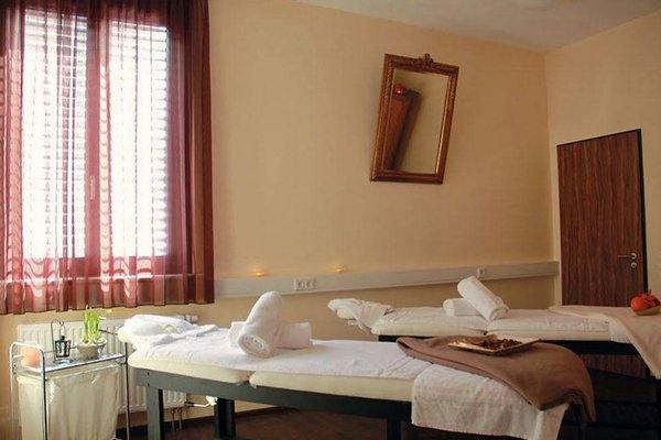 Rhonhotel Sachsischer Hof - фото 3