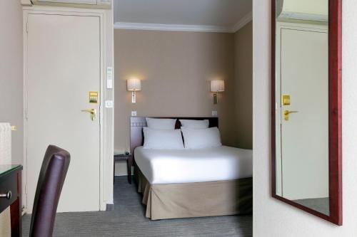 Hotel Saint Cyr Etoile - фото 3
