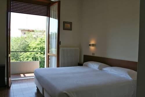 Albergo Villa Bianca, Баньи-ди-Табьяно