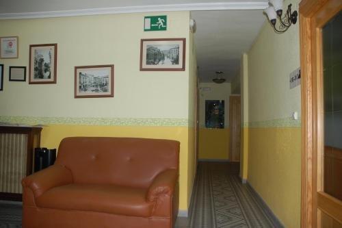 Hostal Residencia Castilla - фото 11