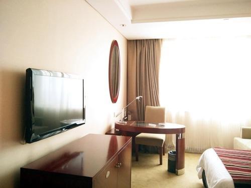 New Century Hotel Ningbo - фото 4