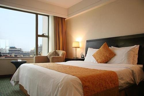 Ningbo Portman Plaza Hotel - фото 50