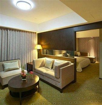 Zhe Hai Grand Hotel - фото 6