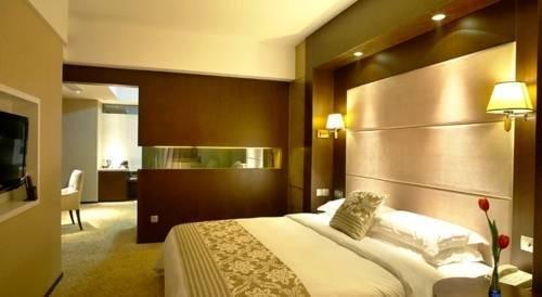 Zhe Hai Grand Hotel - фото 8
