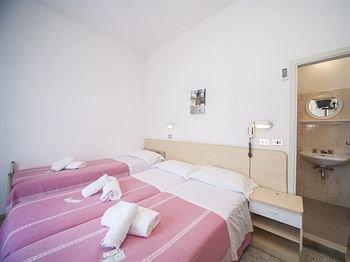 Alba Marinara Hotel Rimini - фото 2
