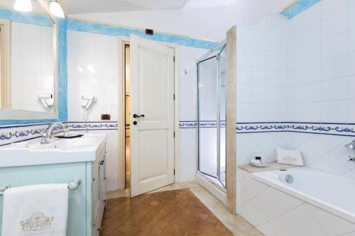 Hotel Poseidonia - фото 9