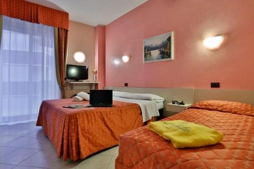 Hotel Soleblu - фото 2