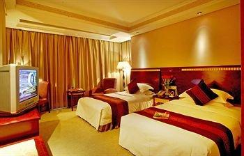 Yi Mei Plaza Hotel - фото 1