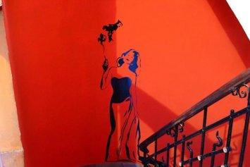 Retro Art Hostel