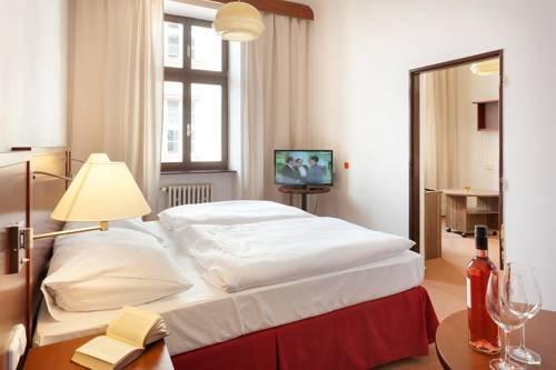 Hotel Praha - фото 2