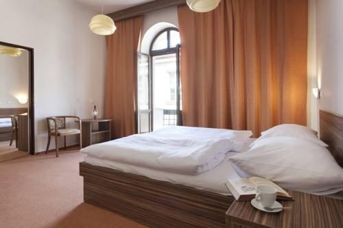 Hotel Praha - фото 4