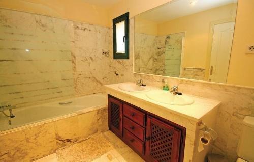Apartment Estepona - фото 12