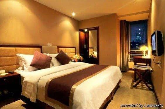 The Riverside Fairmont Hotel - фото 3
