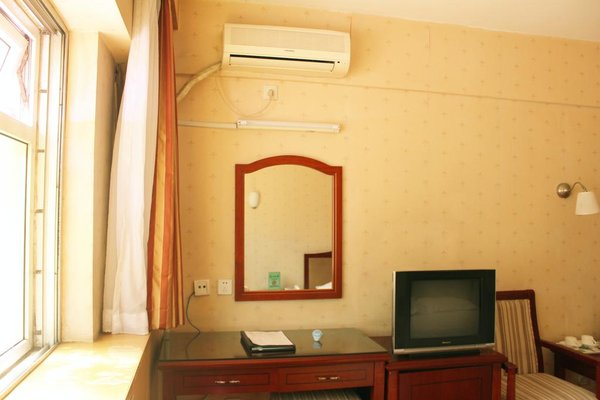 Rongbao Hotel - фото 5