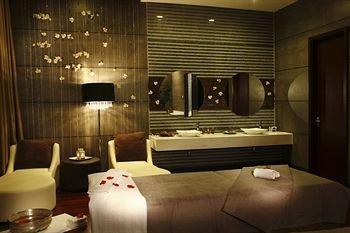 Grand Gongda Jianguo Hotel - фото 11