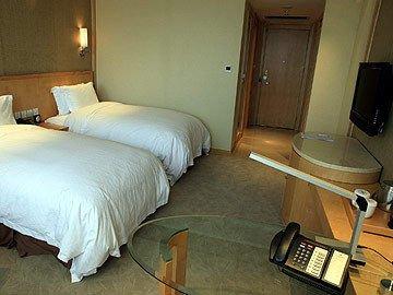 Grand Gongda Jianguo Hotel - фото 4
