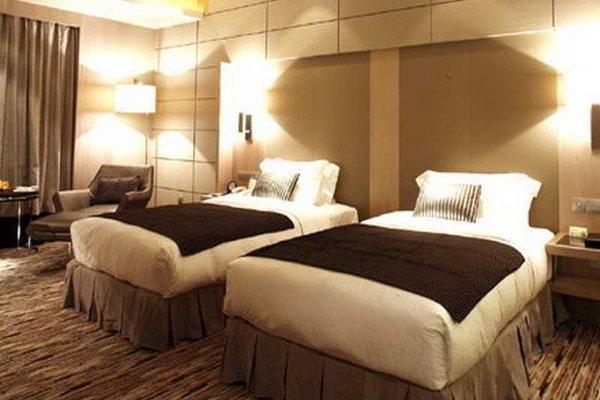 C.Kong Hotel - фото 3