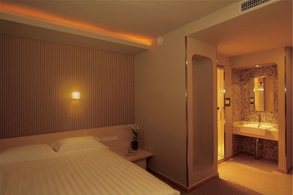 Beijing Yoyo Hotel - фото 9
