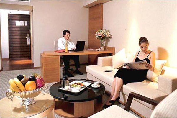Jing Lun Hotel - фото 3