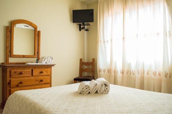 Гостиница «Les Torres Hostal», Сан-Эстеве-Сесровирес