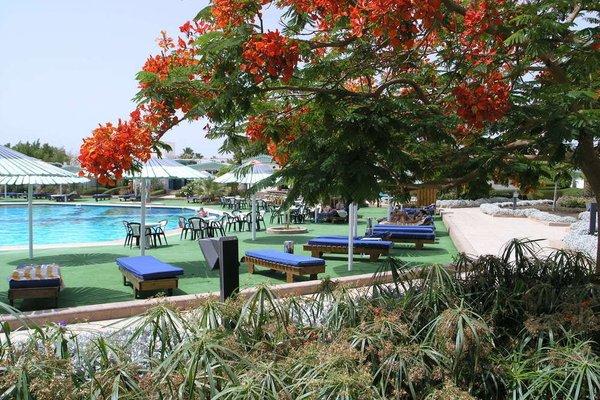Ghazala Beach Hotel - фото 15