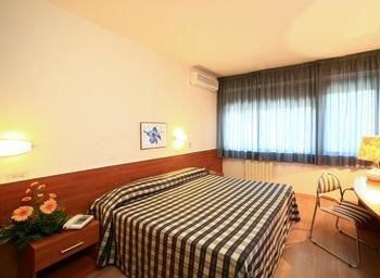 Hotel Anna Siena Nord - фото 4