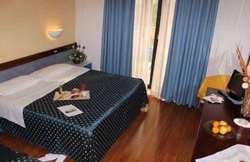 Hotel De La Ville - фото 1