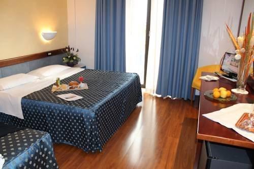 Hotel De La Ville - фото 2